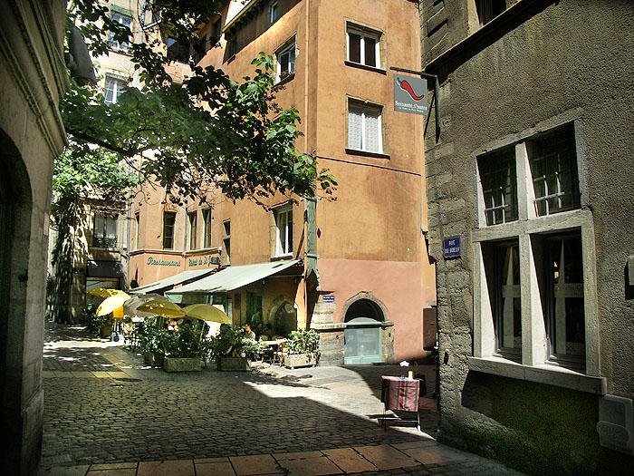 Côté Cour : Une Chambre Du0027hôtes Dans Le Vieux Lyon
